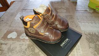 Zapatos niño Geox 22