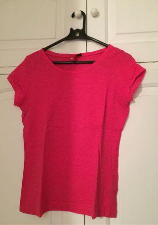 Camiseta H&M color rosa fucsia