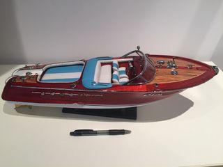 Maqueta de Barca Riva Aquarama
