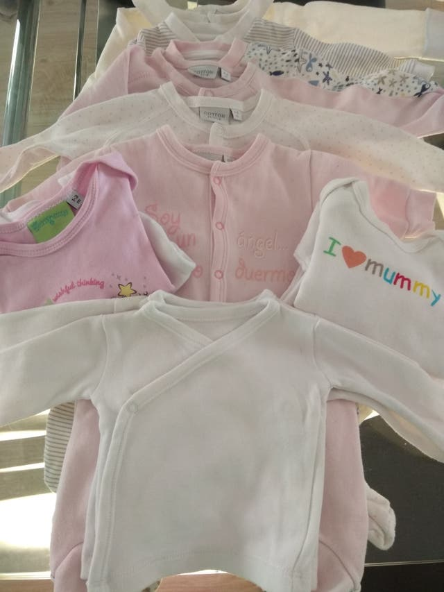 Lote ropita bebe niña de segunda mano por 18 € en Colonia Pablo ... 13685fab4b2b