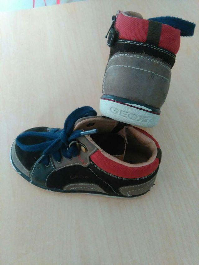 Zapatos niño Geox T-27