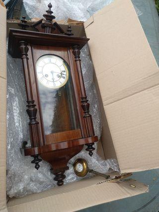 Reloj antiguo de 1870