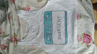 Camiseta merch Divergente Freshtops croptop