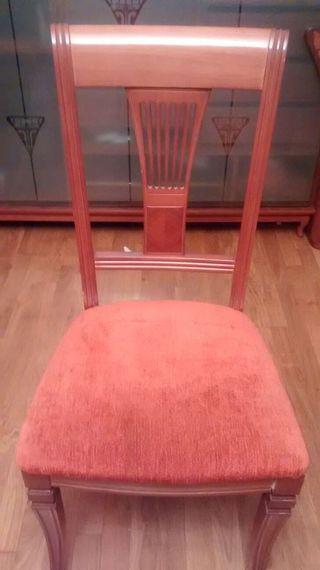 4 sillas de salon con mesa de comedor o.por separado