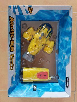 Juguete . Submarino con radio control