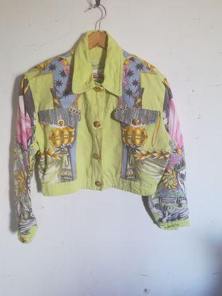 chaqueta color pistacho