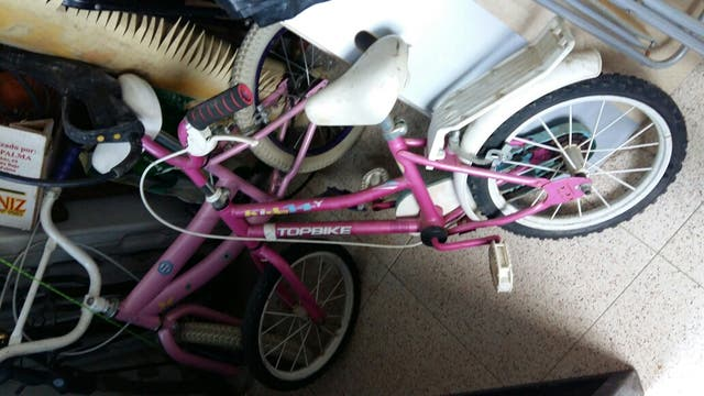 lote de tres bicicletas