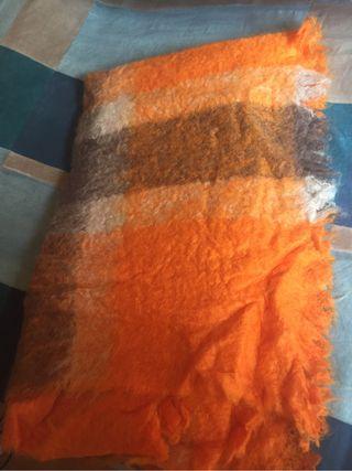 Manta artesanal para sofá