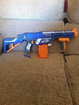 Pistola nerf retaliator