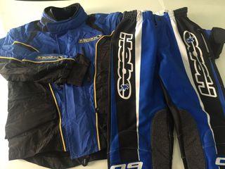 Pantalons i jaqueta moto