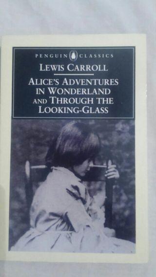 libro Alice's adventures in Wonderland