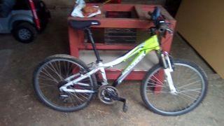 Bicicletas de montaña y deportes