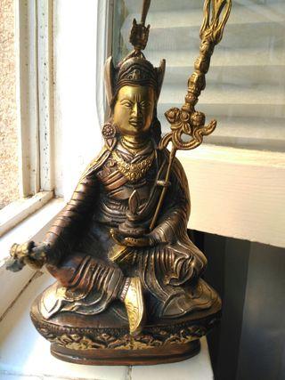 Figura en bronce de 25 cm de alto de Guru Rimpoche