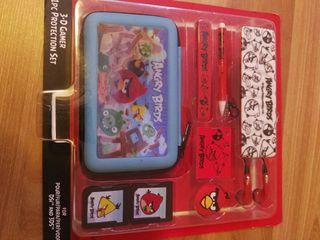 funda y accesorios para Nintendo a estrenar