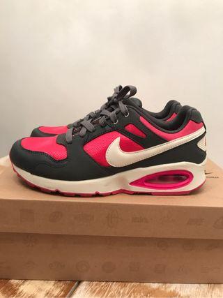 Nike Air Max Coliseum RCR 37'5
