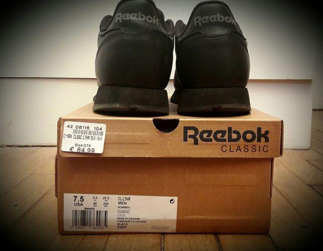 Reebok Classic T40