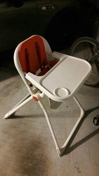 Trona/cadireta menjar MAMAS&PAPAS