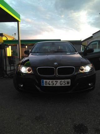 BMW Serie 3 2010 ( cambio por más grande)