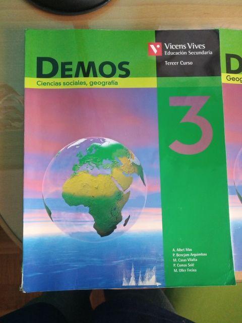 Libros de geografía descatalogado