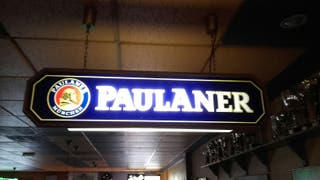 Cartel luminoso (Paulaner)