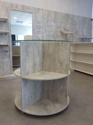 Mesas para tienda o casa. Madera de calidad.