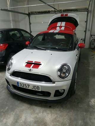 Mini Jonh Cooper Word coupe 2013
