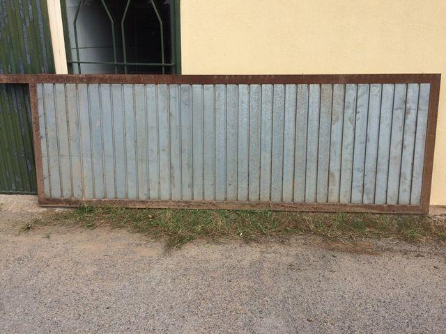 Puerta Corredera Metalica De Segunda Mano Por 350 En Fonteta En - Puerta-corredera-metalica