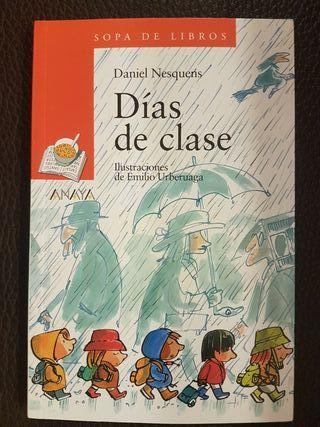 Libro infantil. Días de clase