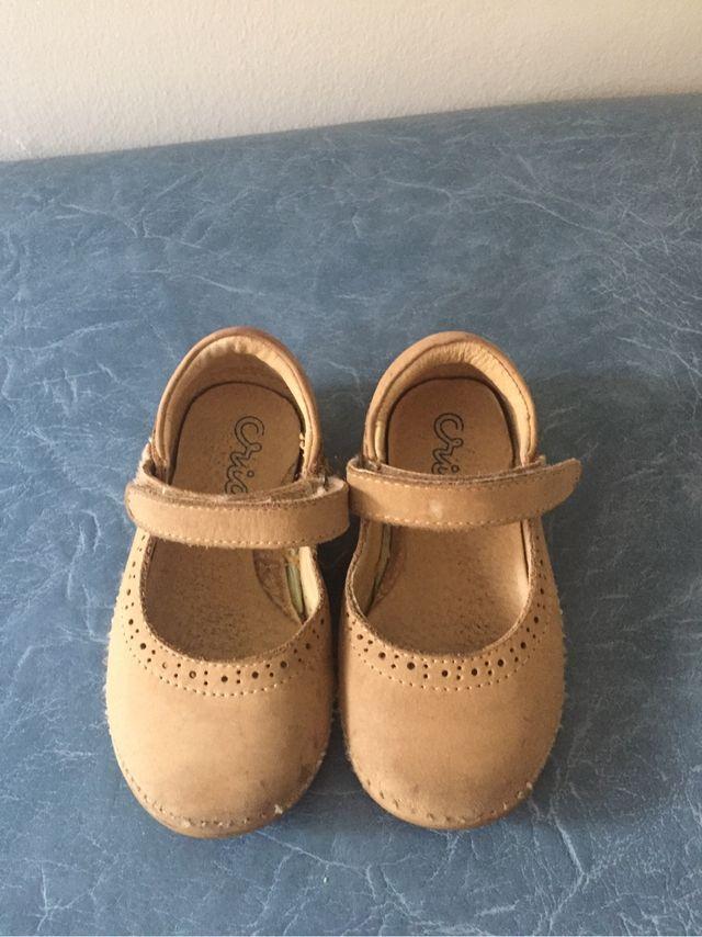 Zapatos Crios talla 22