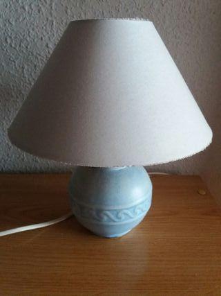 Lámpara de mesita de cerámica