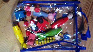 Set de varios juguetes de madera