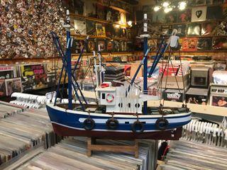 Antigua maqueta barco pesquero
