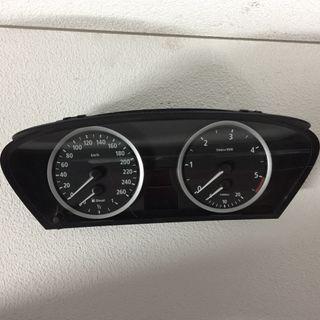 Velocímetro BMWE60