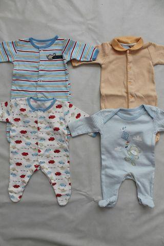 Pijamas 0 1 mes ropa bebe ni o de segunda mano por 10 en fuengirola en wallapop - Ropa bebe 0 meses ...
