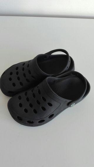 zapatos unisex num. 33 / 32 tipo crocs