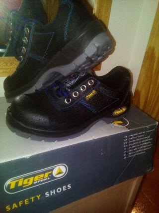 zapatos de trabajo numero 36