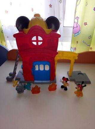 parque de bomberos de Mickey Mouse