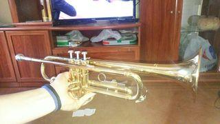 Trompeta Yamaha Sib ytr 1335