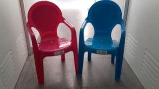 sillas pequeñas