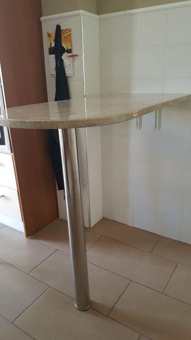 Mesa barra para cocina o bodega de segunda mano por 110 en zaragoza en wallapop - Mesa barra cocina ...