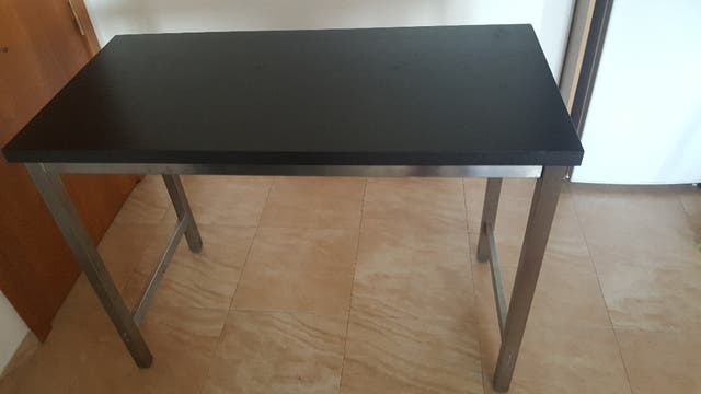 Mesa alta cocina ikea + 2 bancos ikea de segunda mano por 120 € en ...