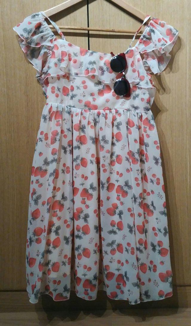 Vestido fresas Kling
