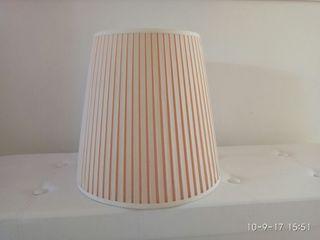 Pantalla de lámpara color blanco roto