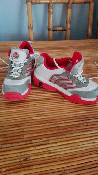 zapatillas deportivas ruedas