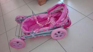 juguetes. cochecito de bebe y patinete