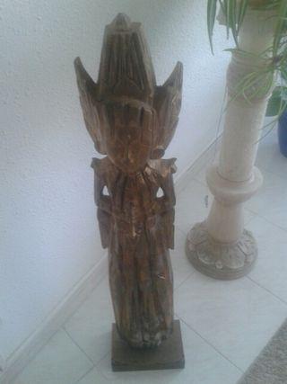 Talla de madera motivo oriental