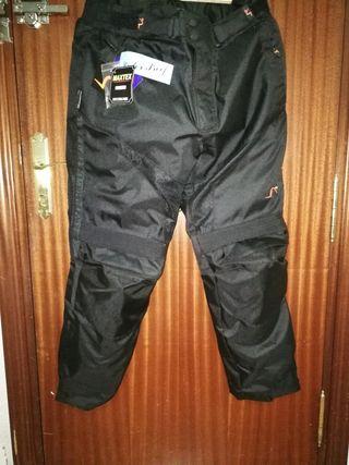 pantalón moto SIN USO