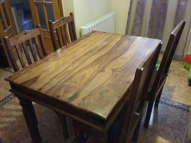 Conjunto mesa comedor rústica y 4 sillas de teka de segunda mano por ...
