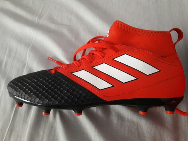 2881c25801d93 Nuevas botas adidas rojas tobilleras num 36 2 3 de segunda mano por ...