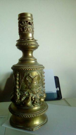 pied de lampara de cobre